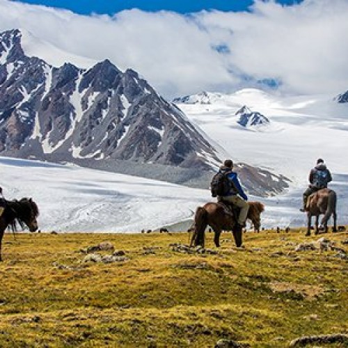 Horse trekking in the Altai mountain range