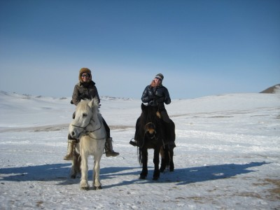 WINTER HORSE RIDING TOUR WITH NOMADS