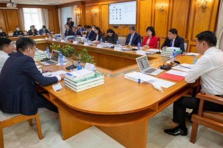 Засгийн газрын хуралдаанаар 13 дэд сайдыг томиллоо