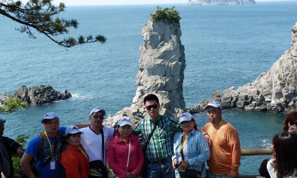 2013 оны Аваргууд Чэжү аралд аялаад ирлээ