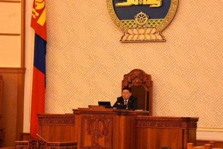 ЧУУЛГАН: Улсын Их Хурлын сонгуулийн тухай хуулийн төслийг анхны хэлэлцүүлэгт шилжүүлэв