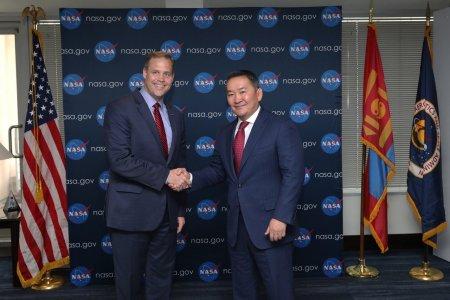 """""""НАСА""""-гийн дарга Ж.Брайданстан Монгол Улсын Ерөнхийлөгч Х.Баттулгад бараалхав"""