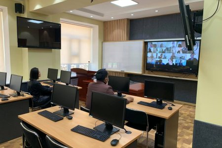 Нийслэлийн холбогдох мэргэжилтнүүд болон 21 аймгийг хамарсан Коллект Еарт/Collect earth/ программыг ашиглах цахим сургалт зохион байгуулагдлаа.