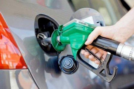 АМГТГ: Нийслэлд А-92 авто бензиний дундаж үнэ 1360 төгрөг болж буурлаа