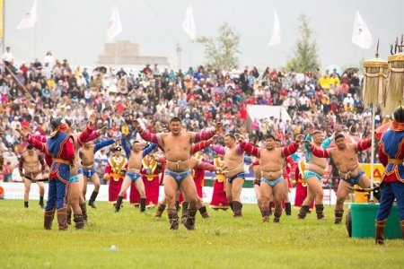 Монгол Улсын харцага цолтой бөхчүүдийн барилдаан энэ сарын 14-нд болно
