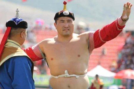 Монголын үндэсний бөхийн холбоо: Ө.Бат-Орших тэргүүтэй бөхчүүдийн барилдах эрхийг сэргээлээ