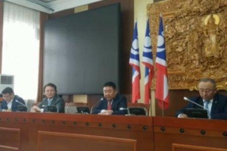 Д.Ганбат: Монгол Улсын төсөв 10 их наяд төгрөгийн алдагдал хүлээхээр байна