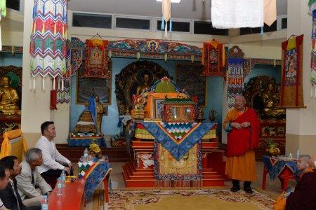 Ерөнхийлөгч Х.Баттулга БНЭУ-д байдаг Монгол хийдэд зочиллоо