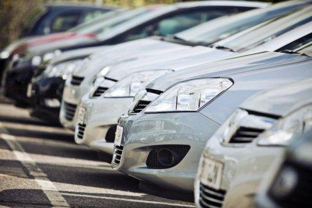Тэрбум ам.долларын автомашин импортоор авчээ