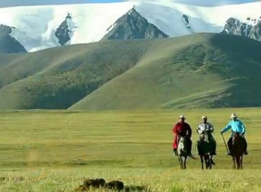 HORSE TREKKING TOUR IN THE CENTRAL MONGOLIA