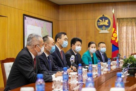 Монгол-Хятад хоёр улс эдийн засгийн харилцаагаа сэргээхэд хамтран ажиллахад бэлэн