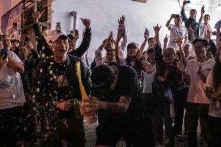 Хонконгийн сонгуульд ардчилагчид ялалт байгууллаа
