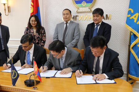 МЭДЭЭ: Монгол Улсад анхны том хэмжээний цахилгаан цэнэгт хуримтлуур баригдана