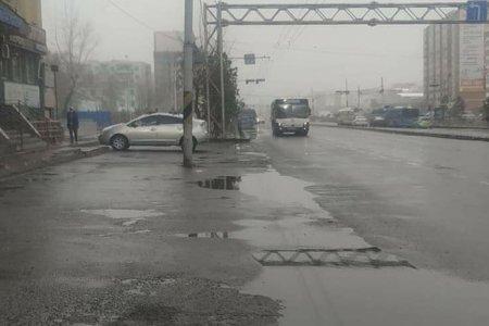УЦУОШГ: Улаанбаатарт үүлшинэ. Бороо, уулаараа нойтон цас орно