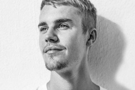 Жастин Бибер шинэ уран бүтээлээ гаргана