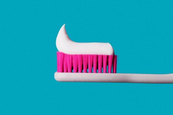 Шүдний сойзоо хэрхэн арчилж хэзээ солих вэ?