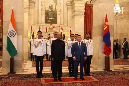Монгол Улс, Бүгд Найрамдах Энэтхэг улс хоорондын Стратегийн түншлэлийг улам бэхжүүлэх тухай дараах хамтарсан мэдэгдлийг гаргаж байна