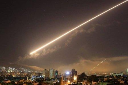 АНУ-ын зэвсэгт хүчинСири дэх Иракын дэмжигч зэвсэгт бүлэглэлүүдэд агаарынцохилт өглөө