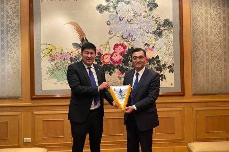 МҮОХ-ны тэргүүн дэд ерөнхийлөгч Б.Баттүшиг БНХАУ-аас Монгол Улсад суугаа Элчин сайд Чай Вэньруйтай уулзаж, санал солилцлоо