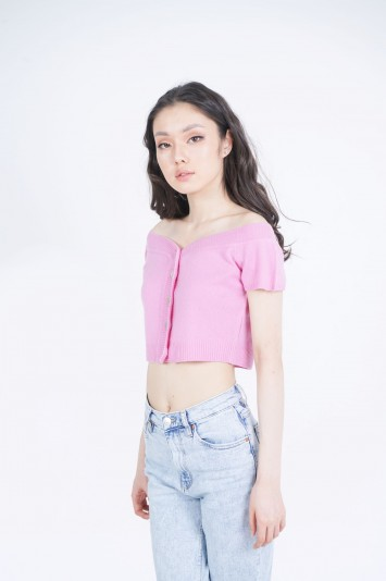 Crop top with button