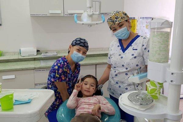 Хүүхдийнхээ шүдийг заавал угаах ёстой 4 шалтгаан