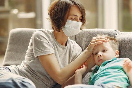 Коронавирүсийн халдвар хүүхдэд хэрхэн илрэх вэ ? Эмчилгээ