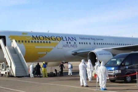 Истанбулын онгоцоор 179 зорчигч ирлээ