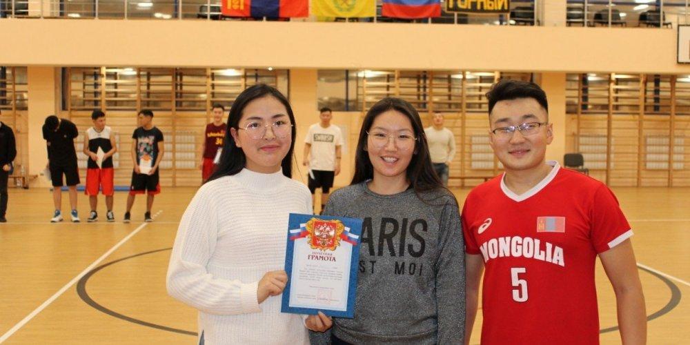WWW.GOGO.MN: Оху-д 500 монгол оюутан тэтгэлгээр суралцах боломжтой