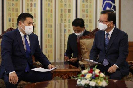 Монгол Улсын ерөнхий сайд Л.Оюун-Эрдэнэ БНСУ-ын ерөнхий сайд Ким Бү Гём-тэй уулзалт хи
