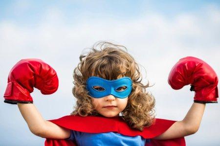 Хүүхдээ өөртөө итгэлтэй болгоход нь туслах 10 зүйл
