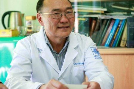 Л.ГАНБОЛД: Монгол эмч нар эрхтэн шилжүүлэх мэс засал  хийх цаг нь болсон, одоо хийхгүй бол хэзээ хийх вэ?