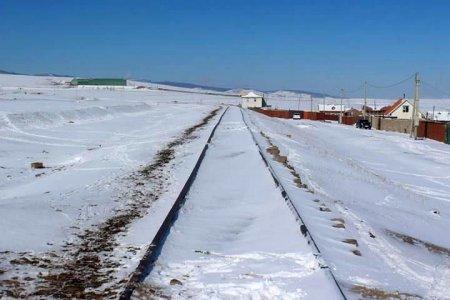 Хотын дарга Хонхор-Налайх чиглэлийн төмөр замыг сэргээн засварлах хүсэлт гаргажээ