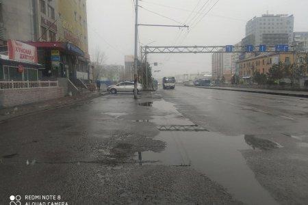 Улаанбаатарт үүлшиж нойтон цас, бороо орно