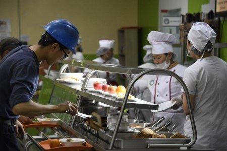 Эрдэнэт үйлдвэр ажилтнуудынхаа дархлааг дэмжихэд анхаарч, хоолны цэсээ шинэчиллээ