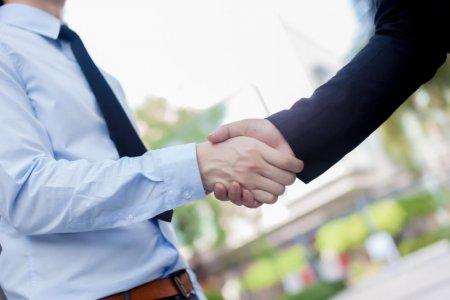 Чадварлаг ажилтан олж авахад туслах 8 арга