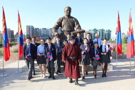 Ерөнхийлөгч Х.Баттулга  эх орон, тусгаар тогтнол, монгол хэл, соёл зэрэг сэдвээр теле хичээл заав