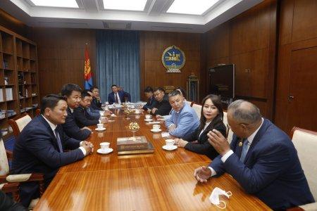 Монгол Улсын Ерөнхийлөгч Х.Баттулга АН-аас сонгогдсон УИХ-ын гишүүдийг хүлээн авч уулзав