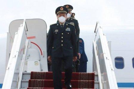 БНХАУ-ын Төрийн зөвлөлийн гишүүн, Батлан хамгаалахын сайд хурандаа генерал Вэй Фөнхө Монголд албан ёсны айлчлал хийж байна