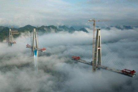 Гүйжөү, Юаньнань, Гуанши гурван мужийг холбосон 332 метрийн өндөр гүүр ашиглалтад орно