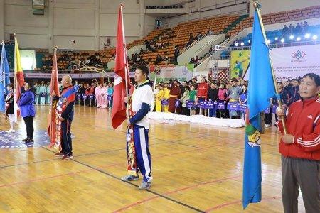 НИЙСЛЭЛ-380: Иргэдийн спортын наадмын шилдгүүдэд шагнал гардууллаа