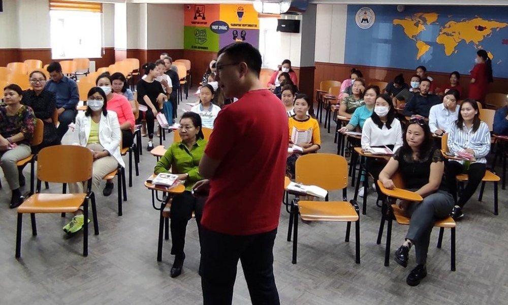 First Aid Training is organized at the Mandakh University