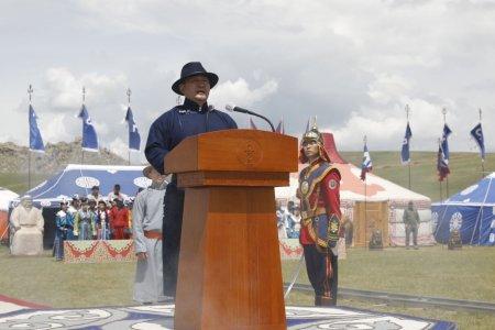 Монгол Улсын Ерөнхийлөгч Халтмаагийн Баттулга Үндэсний их баяр наадмыг нээж үг хэллээ