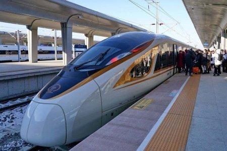 Бээжин-Жанжякоу хотын хооронд дэлхийн хамгийн өндөр хурдны, жолоочгүй галт тэрэг явж эхэллээ