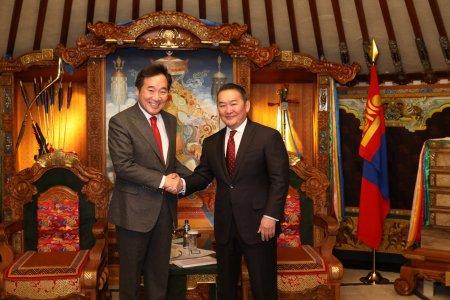 Бүгд Найрамдах Солонгос Улсын Ерөнхий сайд Ли Наг Ён Монгол Улсын Ерөнхийлөгч Х.Баттулгад бараалхлаа