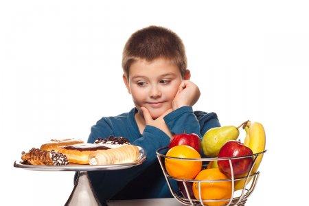 3 хүртэлх насны хүүхдэд түргэн хоол идүүлж болохгүй
