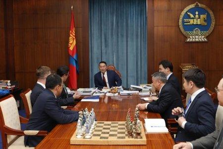 Ерөнхийлөгч Х.Баттулга Монгол дахь Америкийн худалдааны танхимын төлөөлөгчидтэй уулзав
