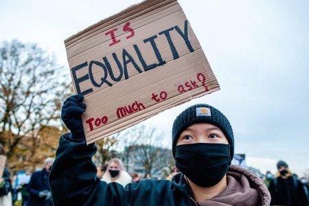 АНУ-д Ази хүмүүсийн эсрэг гэмт хэрэг ихэсжээ