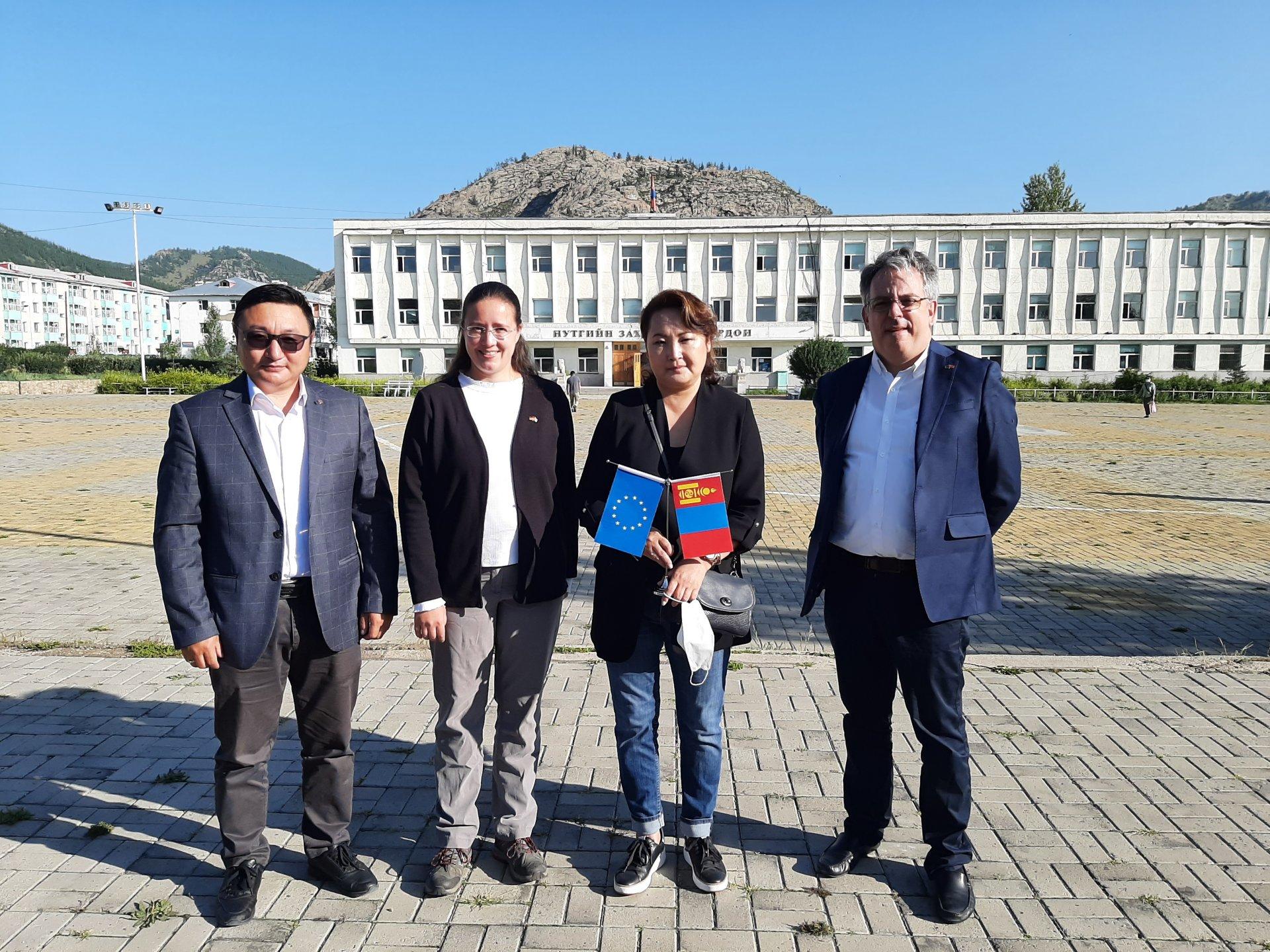 Европын Холбоо STeP EcoLaB төслийн ажилтай танилцав