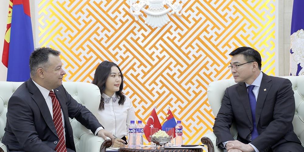 Бүгд найрамдах Турк улсын элчин сайдыг хүлээн авч уулзлаа