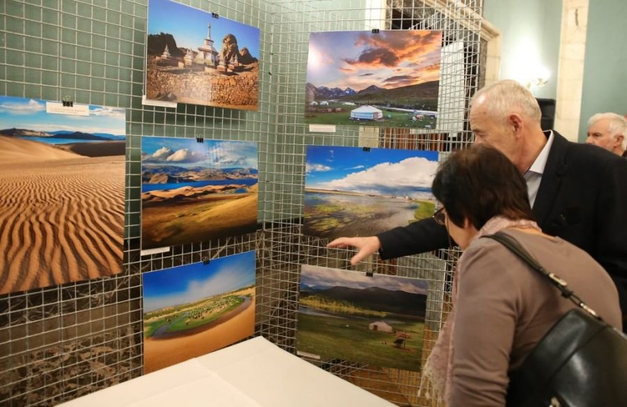 """""""One Day in Mongolia"""" photo exhibition launches in Poland"""